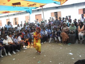 Dance performance by a student in sports 2014